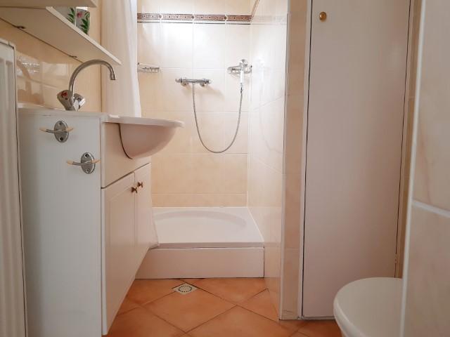 douche/toilet zomerhuis B&B Seahorse