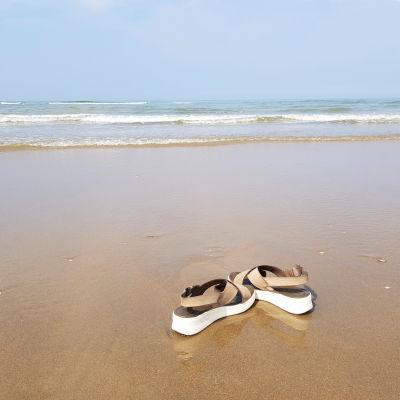 wandelen door zee